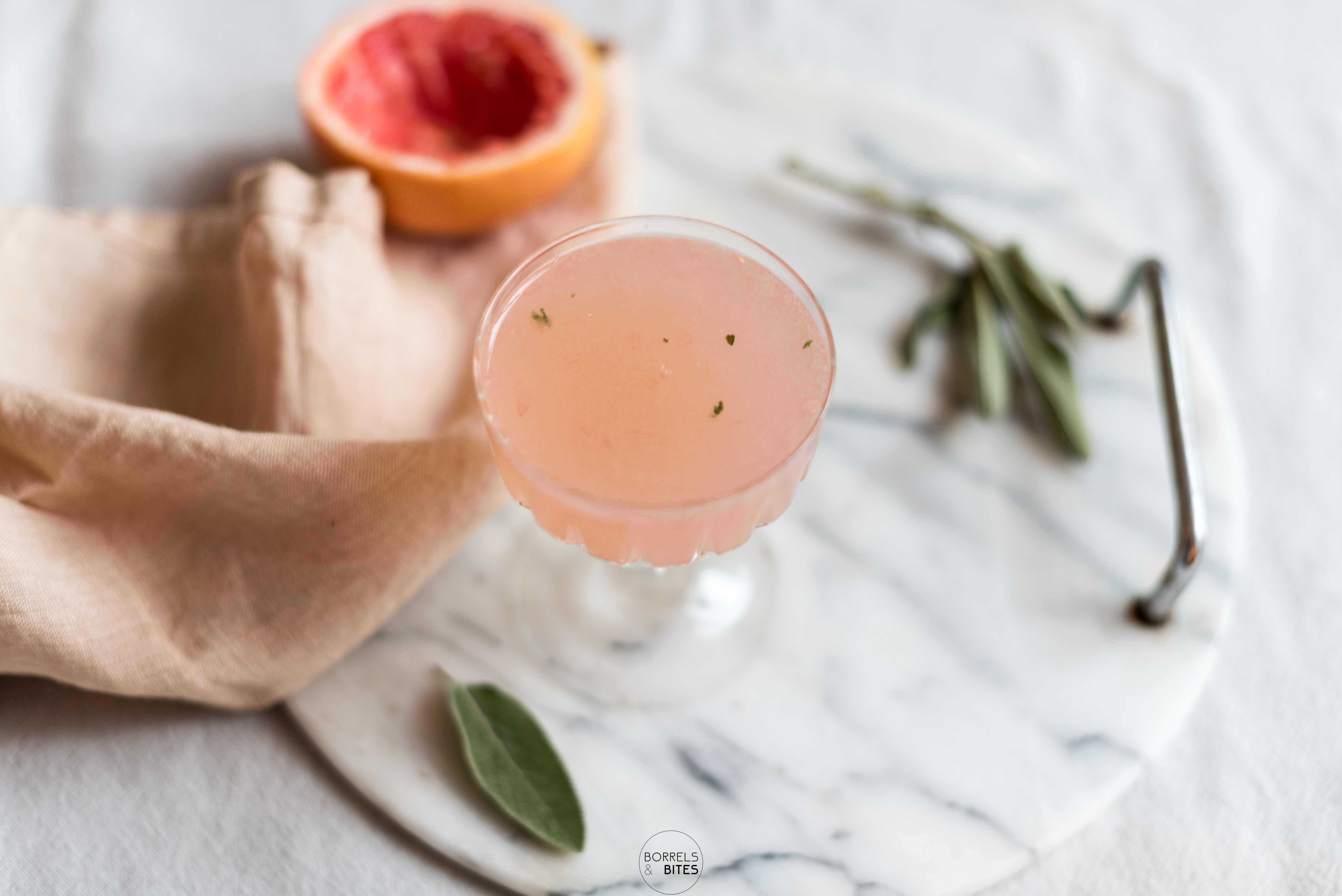 grapefruit salie cocktail