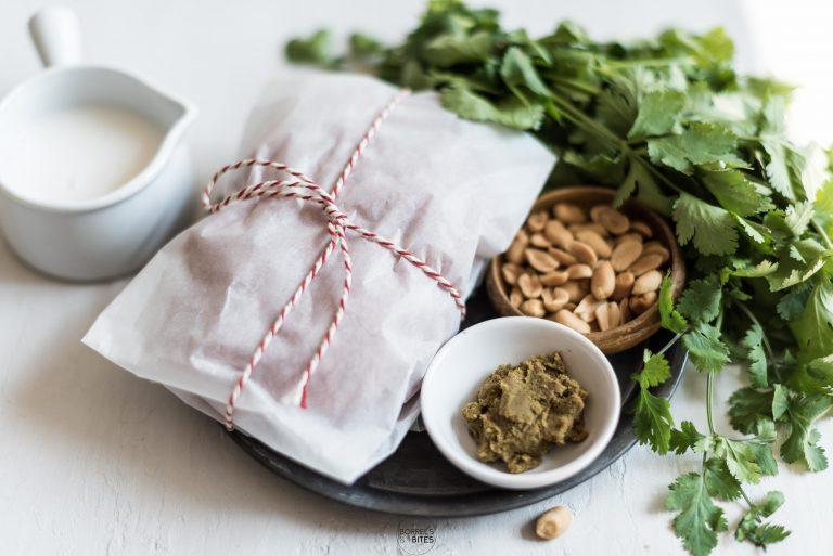 kipgehaktballetjes in groene curry